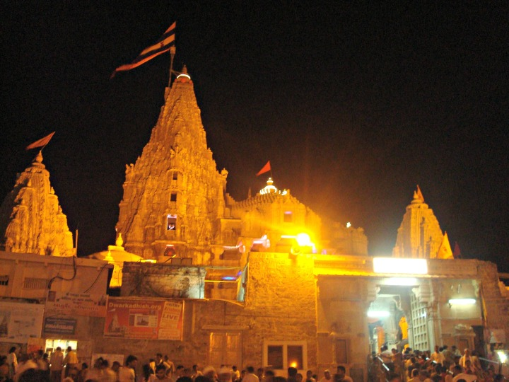 Dwarkadhish Temple - Courtesy Wikimedia Commons